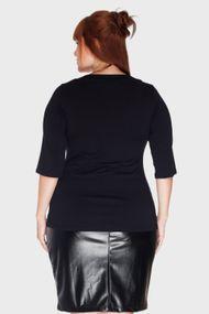 Blusa-Detalhe-Decote-Plus-Size_T2