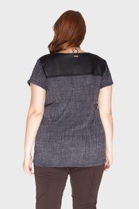 Camiseta-Detalhe-Matelasse-Plus-Size_T2