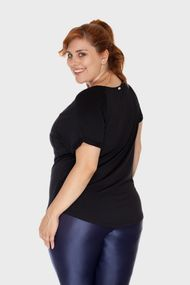 Camiseta-New-Pocket-Plus-Size_T2