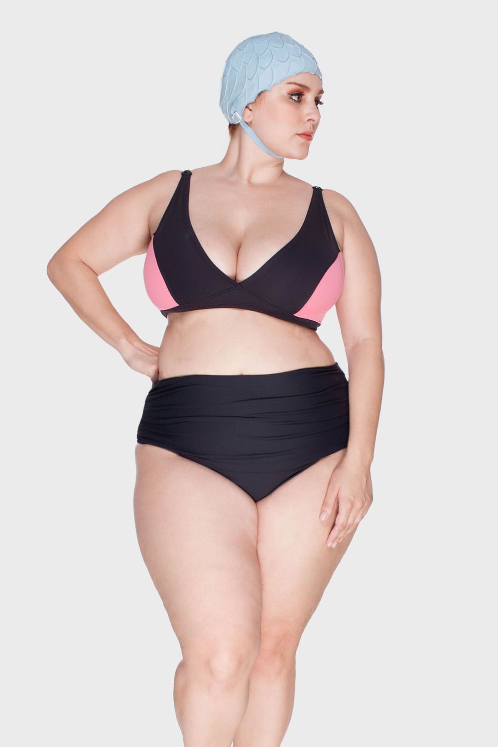 Top-sem-Bojo-com-Recortes-Plus-Size_T1