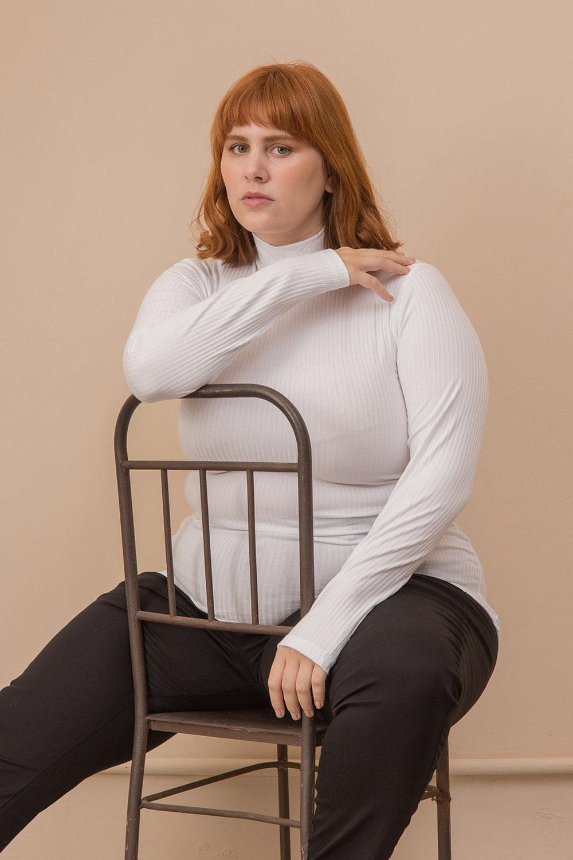Blusa Cacharrel Malha Canelada Plus Size
