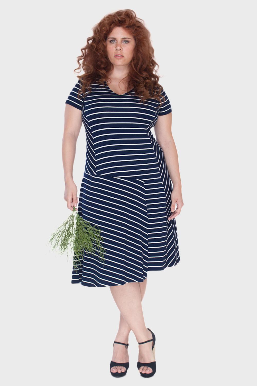 Vestido-Recortes-Listras-Plus-Size_T1