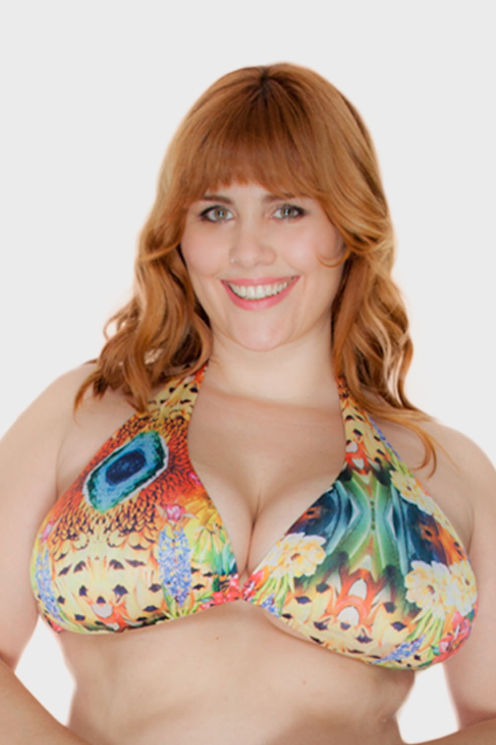 Top-Eloise-Flores-Cortinao-Plus-Size_T1