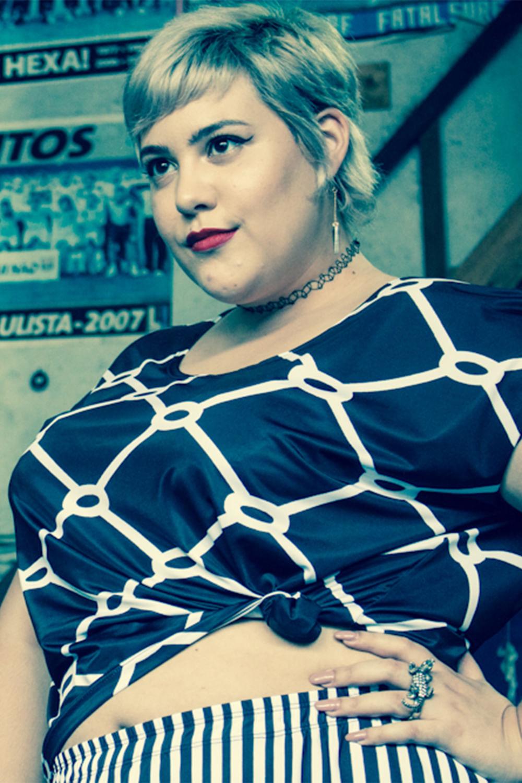 Blusa-Ombro-Vazado-Plus-Size_T1