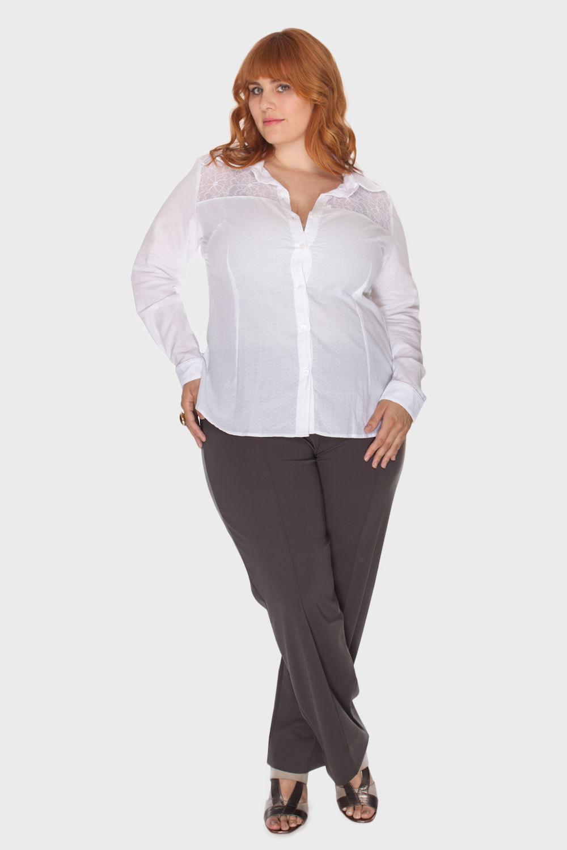 d493e8799 Biotipos. Camisa Branca Renda Plus Size ...