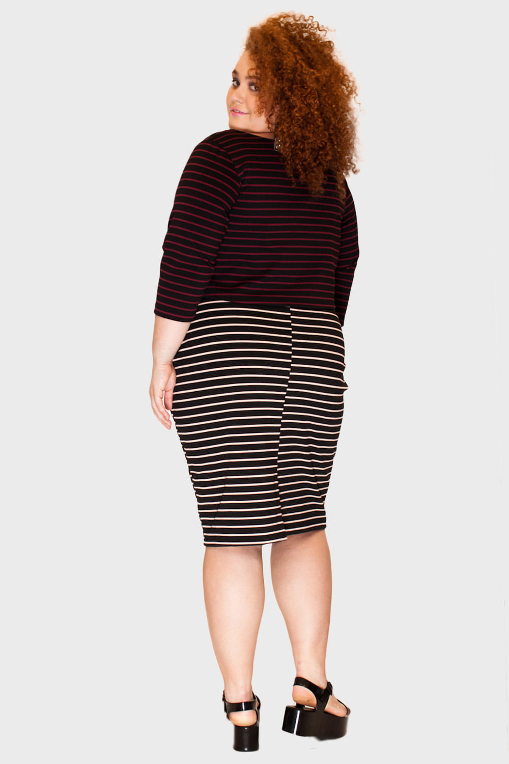 Cropped-Listrado-Plus-Size_T1