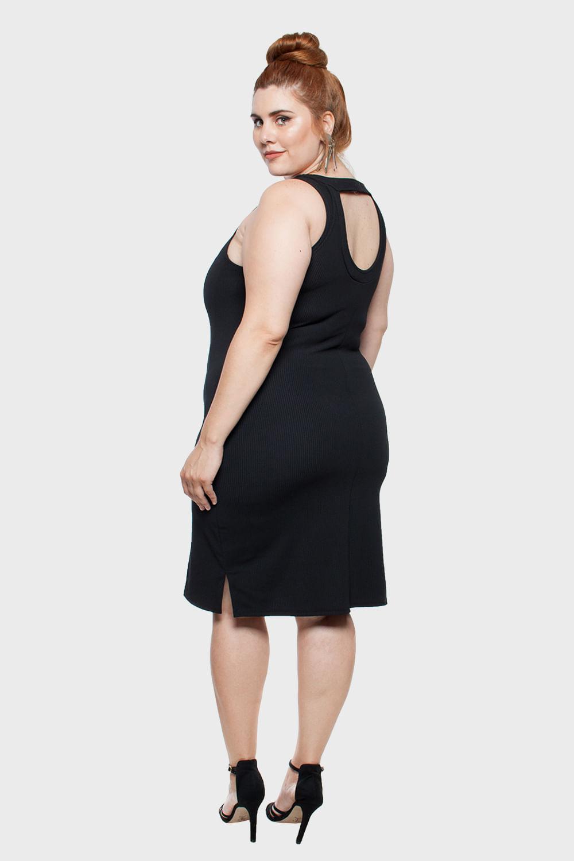 Vestido-com-Detalhe-Decote-Plus-Size_T1