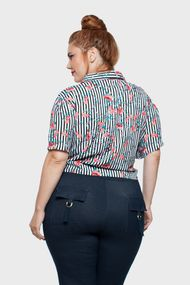 Camisa-Cropped-Listrada-Plus-Size_T2