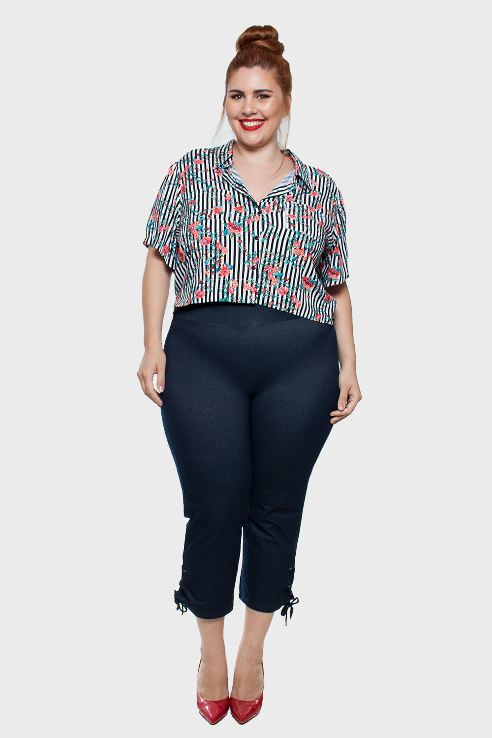 Camisa-Cropped-Listrada-Plus-Size_T1