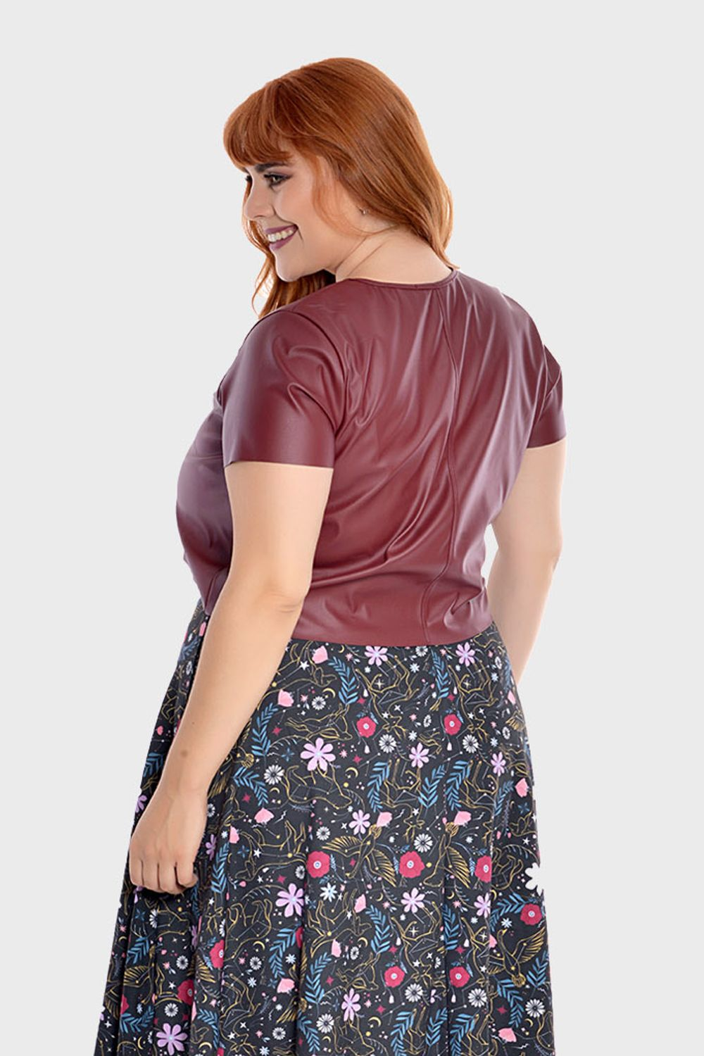 Cropped-Couto-Scarlet-Plus-Size_T1