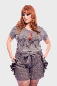 Camiseta-Gatos-com-Rosas-Plus-Size_T1